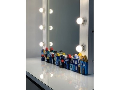 Комплект светодиодных ламп в подарок к гримерному зеркалу!