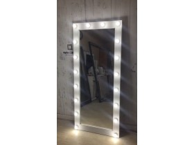"""Выполненная работа: гримерное зеркало 180х80 с подсветкой буквой """"П"""" 18 ламп (г. Санкт-Петербург)"""